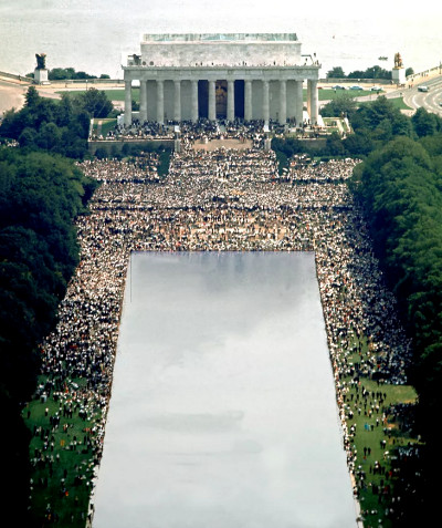 "Lincoln Memorial, crowd during the MLK ""I have a dream"" speech"