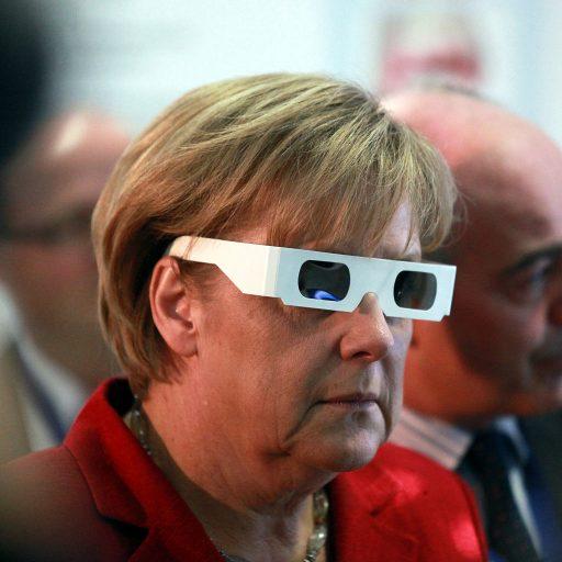 Angela Merkel, 3D glasses